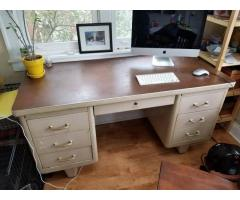Tanker Desk (Chicago)
